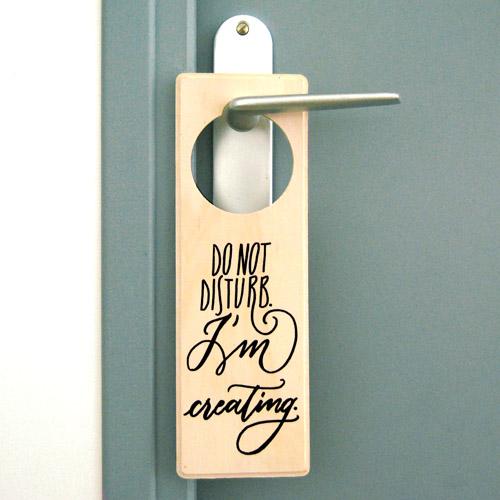 Cartello per porta do not disturb i 39 m creating for Idee regalo doors