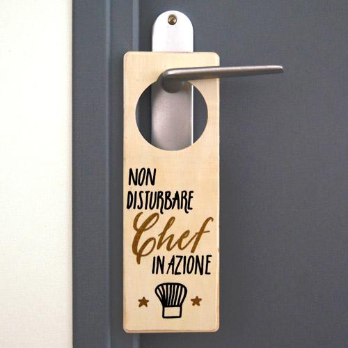 cartello per porta chef in azione letters love life ForIdee Regalo Doors